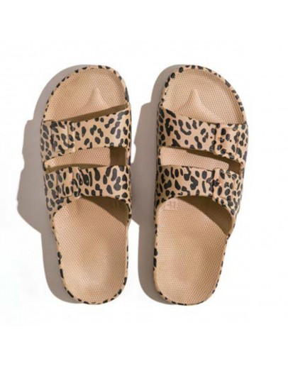 FREEDOM MOSES - Slippers Leo Camel