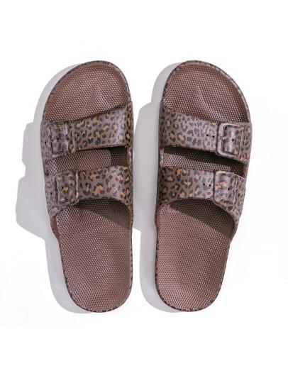 FREEDOM MOSES - Slippers Wildcat Choco